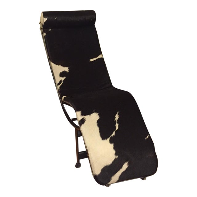 Le Corbusier Style LC4 Cowhide Chaise - Image 1 of 4