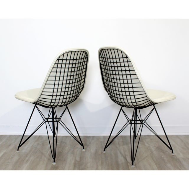 White Mid Century Modern Eames Herman Miller Eiffel Tower Dkr Side Chairs 60s - Set of 6 For Sale - Image 8 of 11