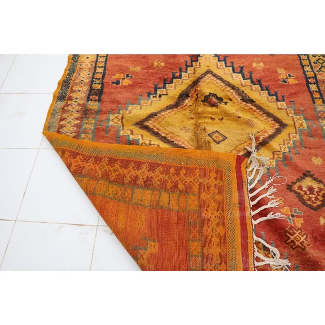 """1970s Taznakht Moroccan Rug, 5'1"""" X 8'2"""" Feet For Sale - Image 5 of 6"""