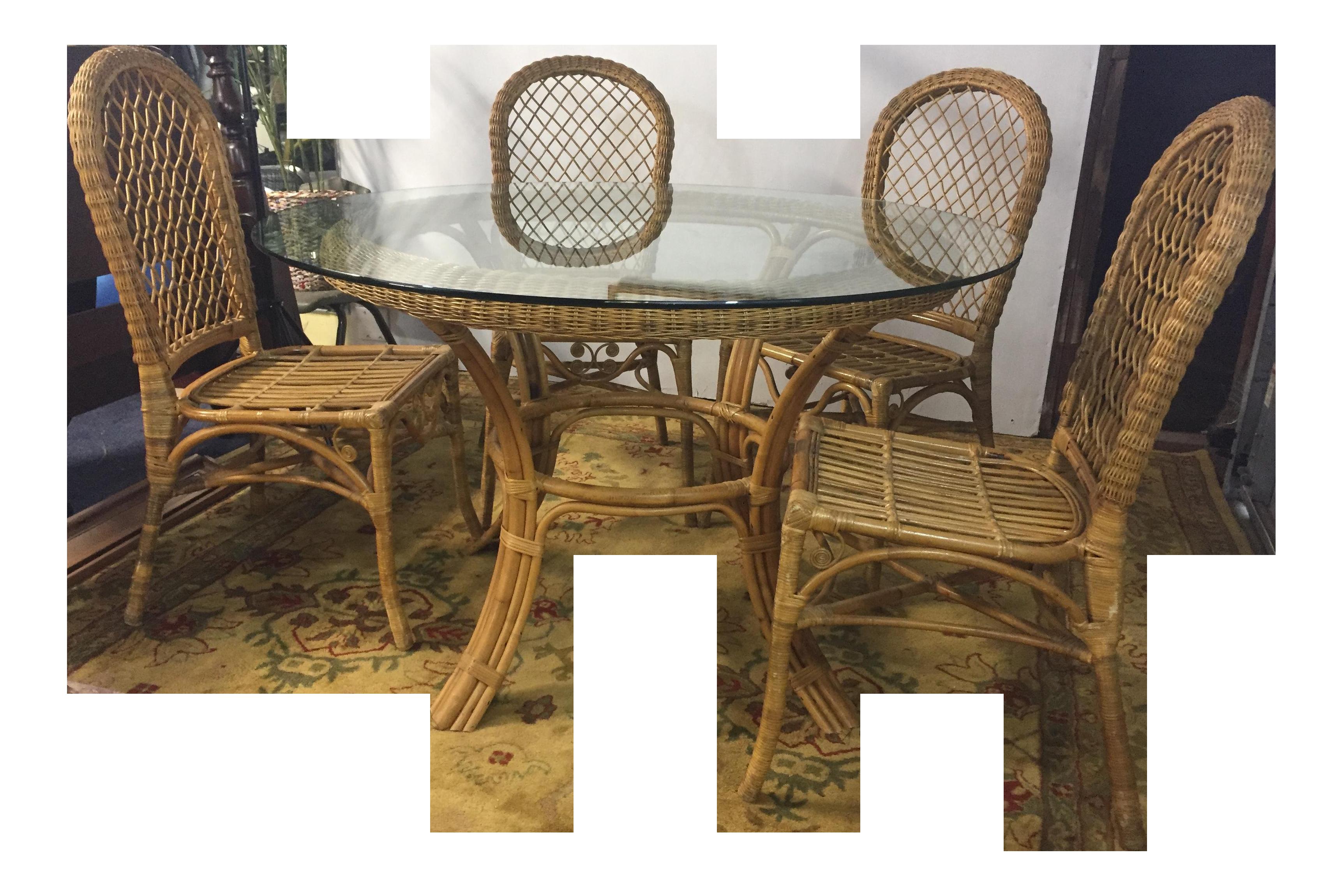 Beau Vintage Rattan Bamboo Round Glass Dining Set