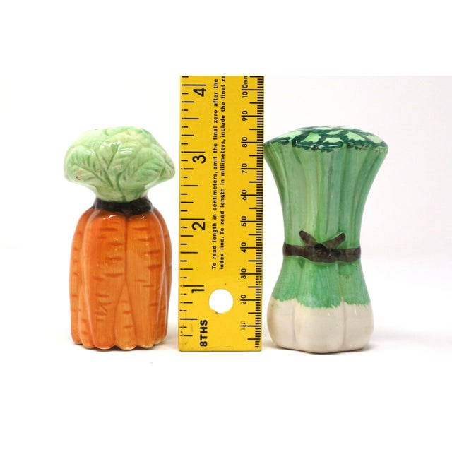 Ceramic Vintage Ceramic Carrots and Leeks Salt & Pepper Shakers - Set of 2 For Sale - Image 7 of 9