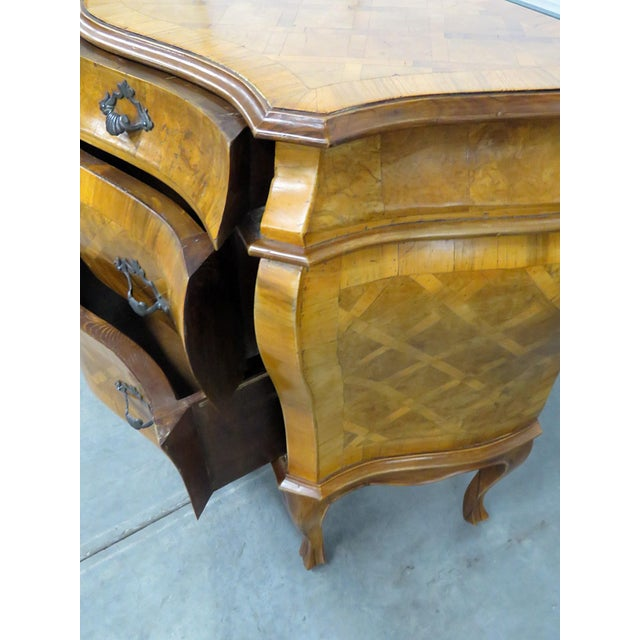 Italian Inlaid Bombe Commode For Sale - Image 4 of 9