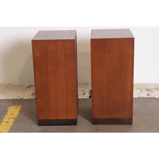 Herman Miller Pair of 1933 Gilbert Rohde Herman Miller Art Deco World's Fair Nightstands Matched For Sale - Image 4 of 11