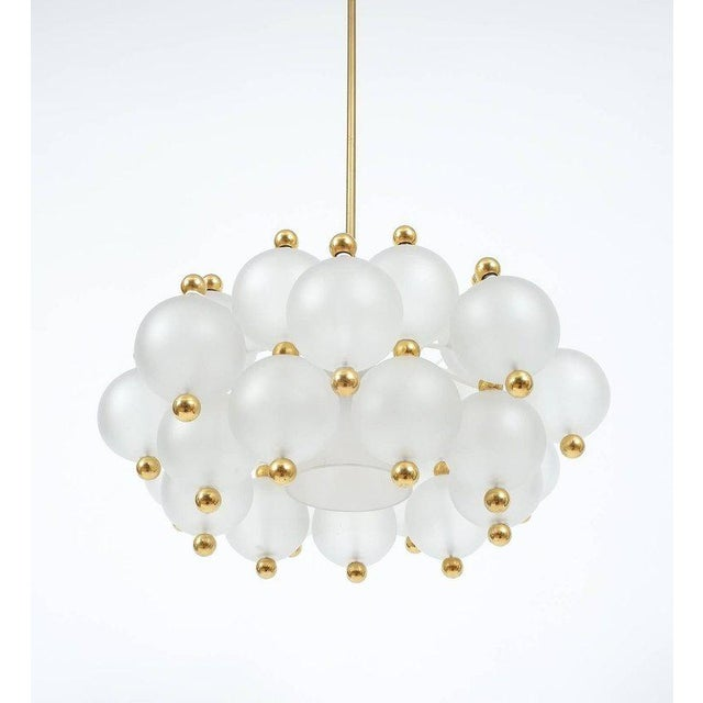 Brass Satin Glass Chandelier Lamp in the Style of Seguso With Gold Knobs, circa 1980 For Sale - Image 7 of 10
