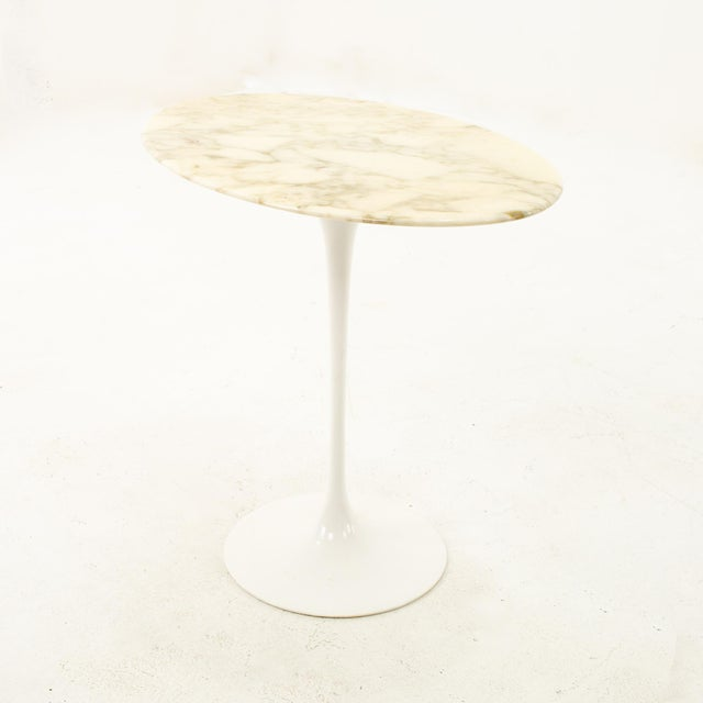 Knoll Mid Century Oval Marble Top Side End Tables With Tulip Base - a Pair For Sale In Chicago - Image 6 of 12