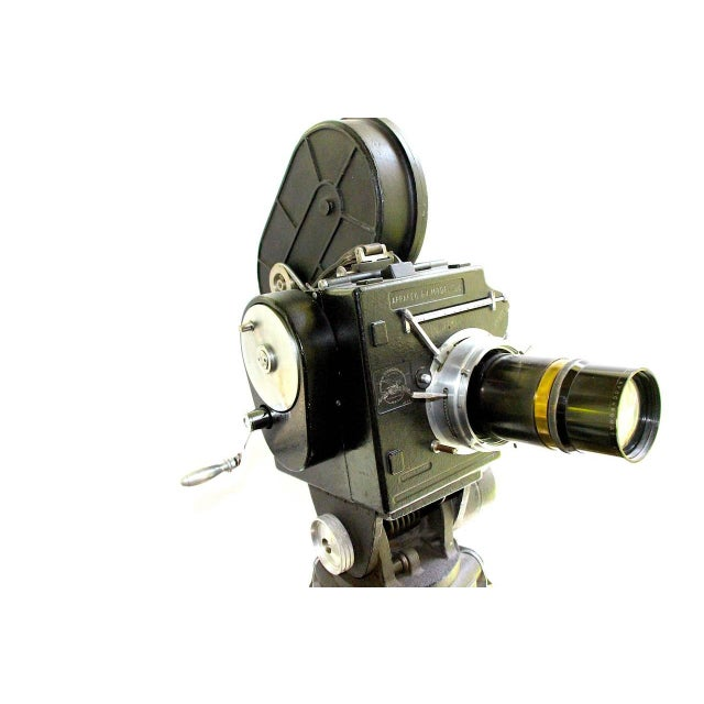 Early 20th Century Andre Debrie 35mm Cinema Camera Circa 1925 Complete and Working As Sculpture For Sale - Image 5 of 10