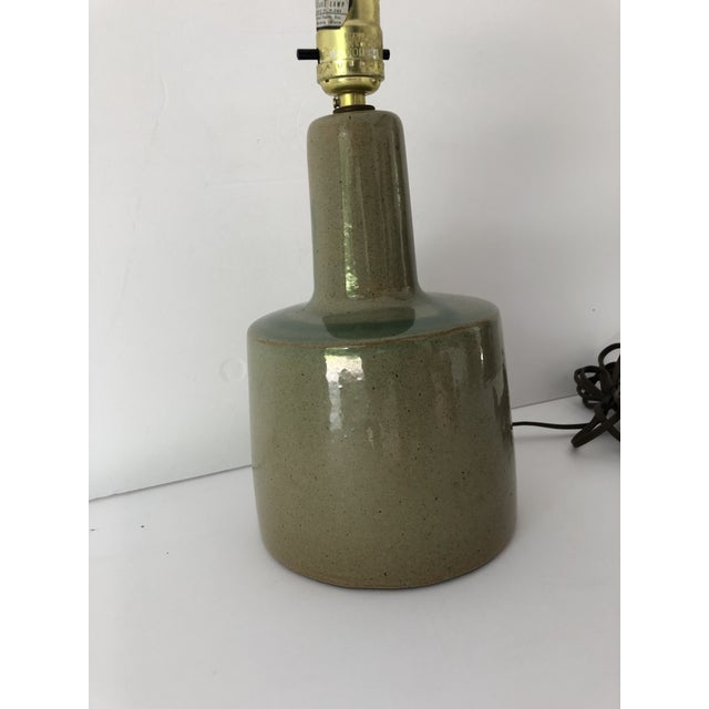 1960s Midcentury Signed Martz Ceramic/Stoneware Table Lamp For Sale - Image 5 of 8