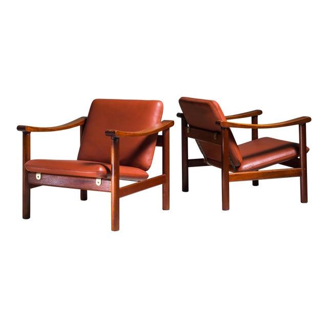 Hans Wegner Pair of Lounge Chairs for GETAMA, Denmark, 1950s For Sale