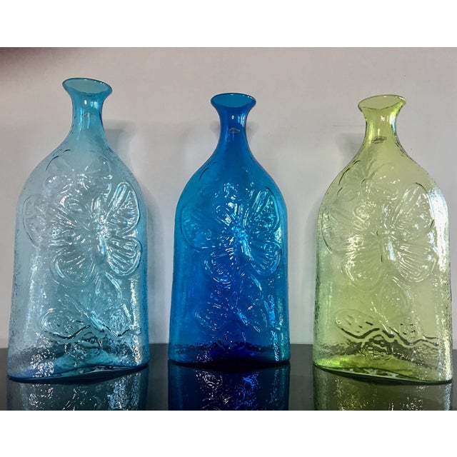 Contemporary Architectural Blenko Butterfly Decanters - Set of 3 For Sale - Image 9 of 9