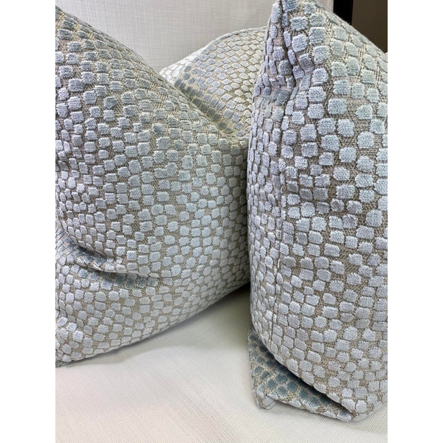 "Transitional Kravet ""Flurries Seaspray"" 22"" Pillows-A Pair For Sale - Image 3 of 5"