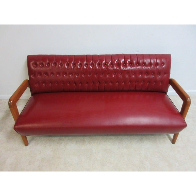 Heywood-Wakefield Vintage Heywood Wakefield Tufted Mid Century Sofa Settee For Sale - Image 4 of 11