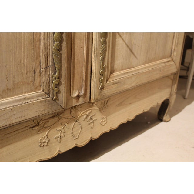 Early 19th Century Bleached French Buffet For Sale In Charleston - Image 6 of 7
