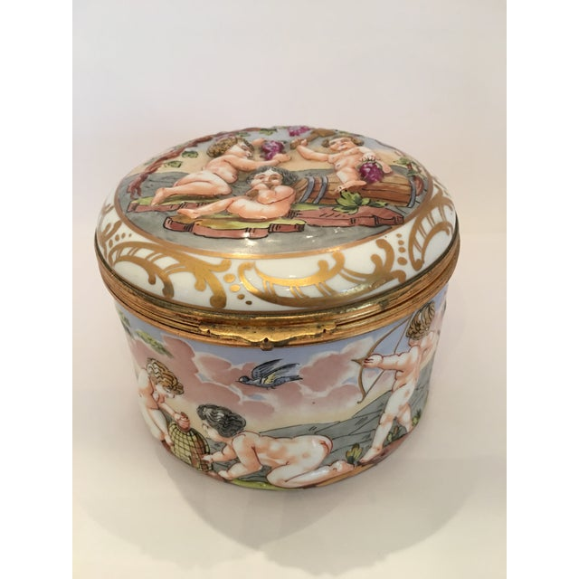 French Wine Grape Capodimonte Box - Image 3 of 11