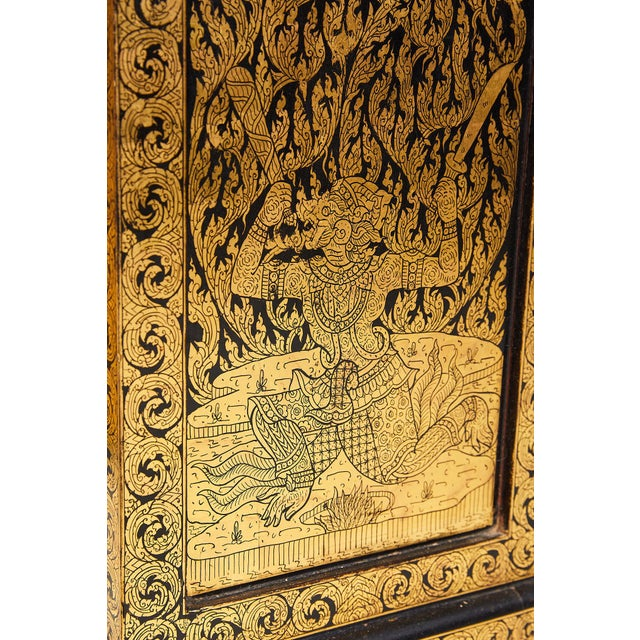 Pair of Thai Manuscript Cabinets of Lacquer and Gold Leaf, 20th Century For Sale - Image 11 of 13