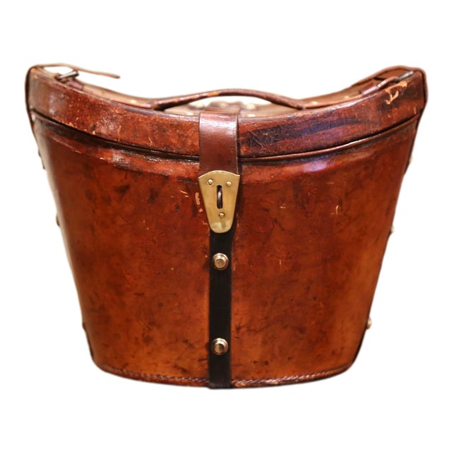 Mid-19th Century French Oval Pigskin Leather Top Hat Box From Paris For Sale