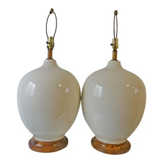 1960s Mid Century Modern White Ceramic Orb Lamps - a Pair For Sale