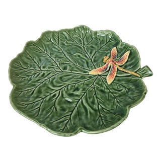 Majolica Cabbage Leaf Platter With Hand Painted Dragonfly-Made in Portugal For Sale