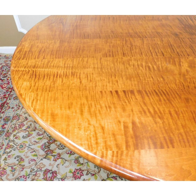 Tiger Maple Oval Country Dining Table - Image 7 of 10