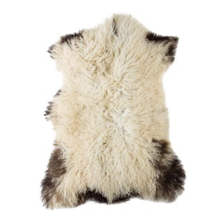 "Contemporary Natural Sheepskin Pelt -2'1""x3'2"" For Sale"