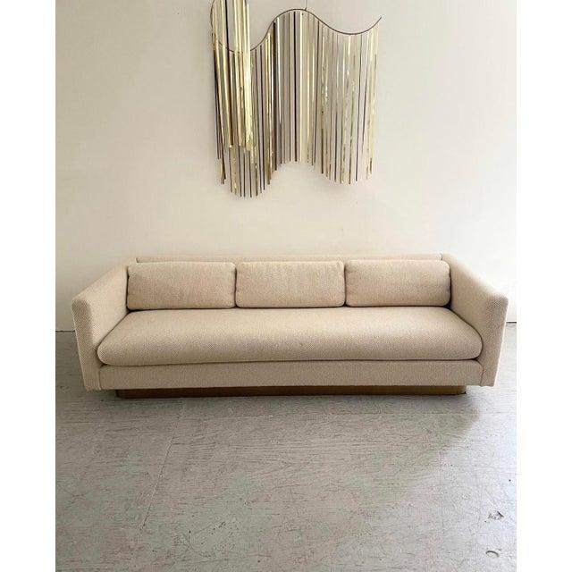 "Milo Baughman Mid Century Modern Brass Floating ""Tuxedo"" Sofa Designed by Milo Baughman For Sale - Image 4 of 5"