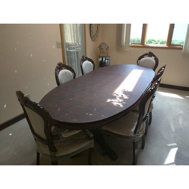 Classic Adjustable Dining Table & 6 Chairs - Image 6 of 8