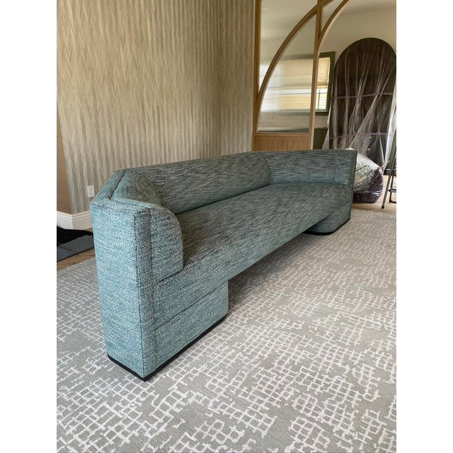 Featured in The 2020 San Francisco Decorator Showcase — Custom Shaped Teal Settee For Sale In San Francisco - Image 6 of 12