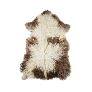 """Contemporary Hand-Tanned Sheepskin Pelt - 2'3""""x3'7"""" For Sale"""