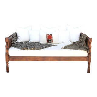 Elegant British Colonial Carved Daybed For Sale