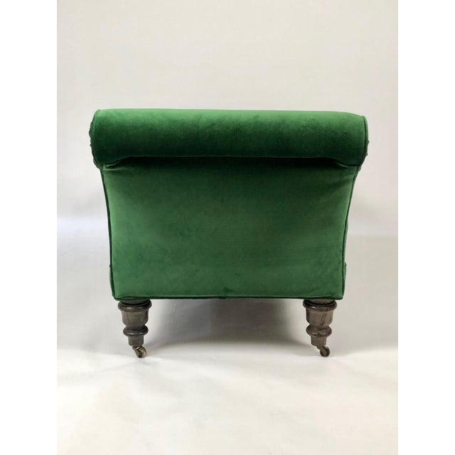 19th Century Chaise Longue in Emerald Green Velvet For Sale In Boston - Image 6 of 8