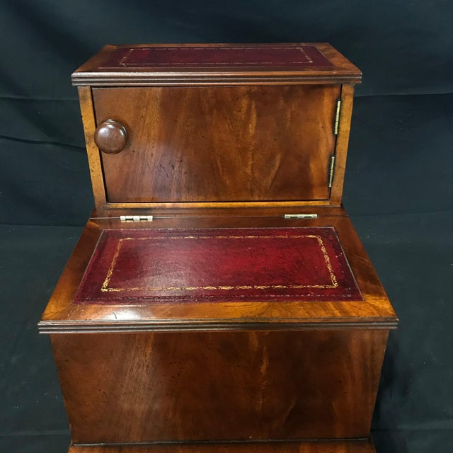 English British Mahogany Library Steps With Burgundy Tooled Leather Treads For Sale - Image 3 of 12