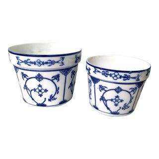 Set of Vintage Chinese Porcelain Flower Pots For Sale