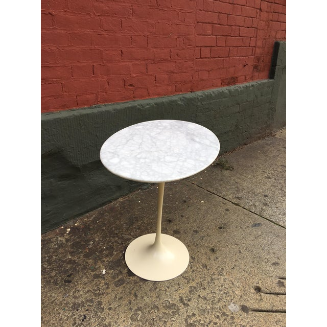 Carrara Marble Saarinen for Knoll Oval Marble Side Table For Sale - Image 7 of 7