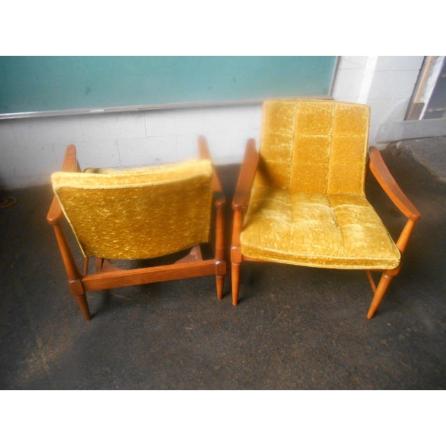 Yellow Vintage Mid-Century Danish Modern Lounge Chairs- a Pair For Sale - Image 8 of 10