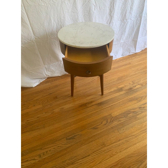 Mid-Century Modern West Elm Mid-Century Modern Marble Top Side Table For Sale - Image 3 of 6