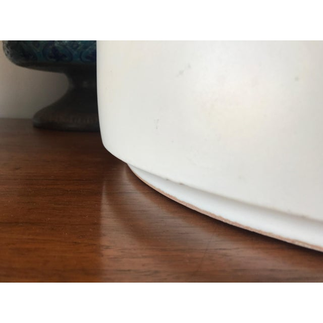 Mid-Century Modern Pair of Enormous Gainey Pottery Ceramic Planters For Sale - Image 3 of 4