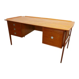 Danish Modern Dyrlund Double Sided Desk With Floating Exterior Legs For Sale