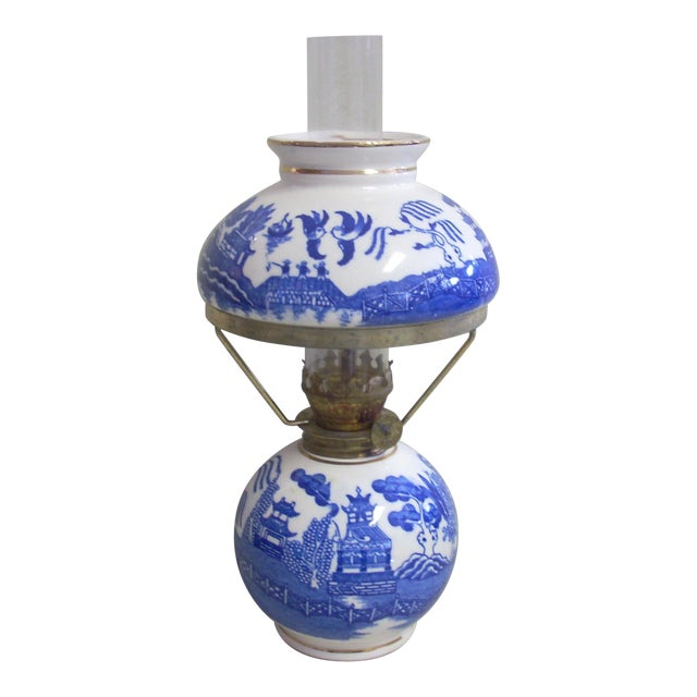 Blue Willow Oil Lamp For Sale