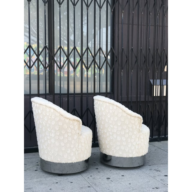 Rolling Chairs With Chrome Base in the Manner of Milo Baughman For Sale - Image 10 of 13