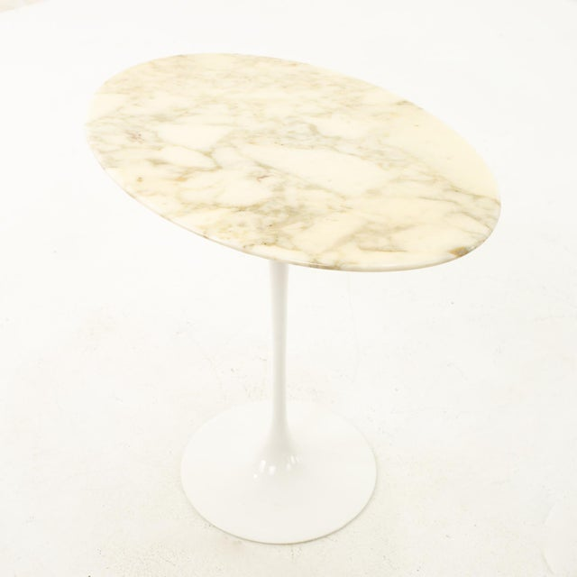Knoll Mid Century Oval Marble Top Side End Tables With Tulip Base - a Pair For Sale - Image 9 of 12