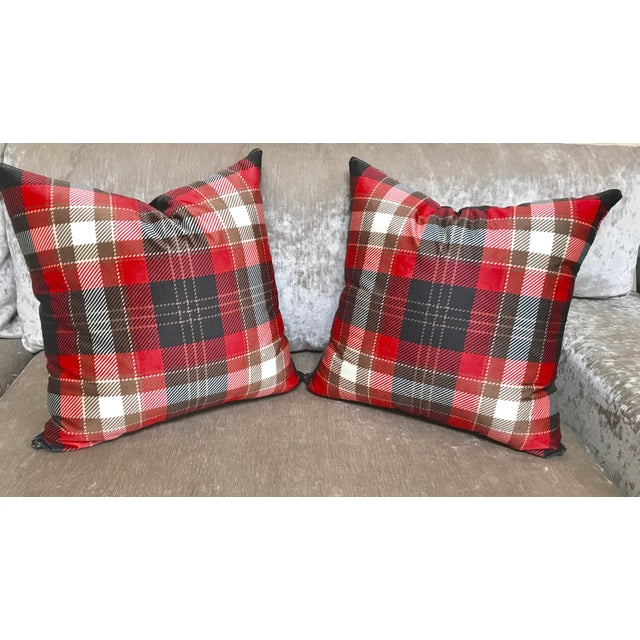 Cover Cushion - Velvet Decorative Pillows - a Pair - Image 4 of 4
