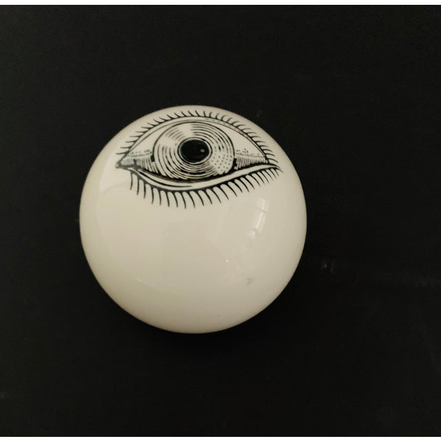 Op Art 1960s Piero Fornasetti Surrealist Ceramic Eye Eyeball Paperweight For Sale - Image 3 of 11