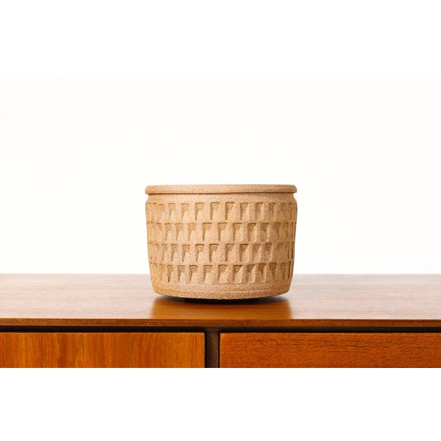 Christian Boehr Ceramic Stoneware Planter — Small Weave Pattern — Raw Exterior | Glazed Interior — P20 For Sale In Los Angeles - Image 6 of 6