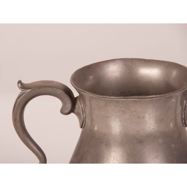 Mid 19th Century Large Pewter Urn with Two Shaped Handles from England c.1850 For Sale - Image 5 of 6