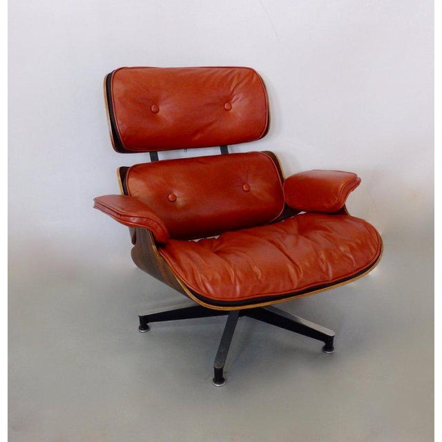 1950s Eames for Herman Miller Rosewood With Red Leather 670 Lounge Chair and Ottoman For Sale - Image 5 of 11