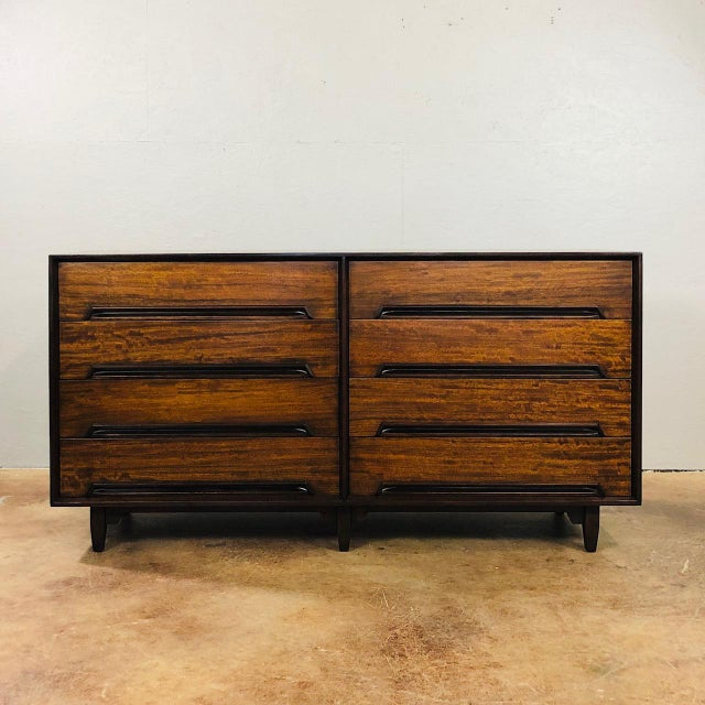 "Brown 1960s Mid Century Modern Milo Baughman for Drexel ""Perspective Series"" Credenza For Sale - Image 8 of 8"