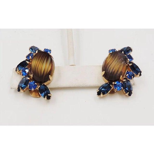 Hattie Carnegie 1960s Hattie Carnegie Striped Rhinestone Earrings For Sale - Image 4 of 9