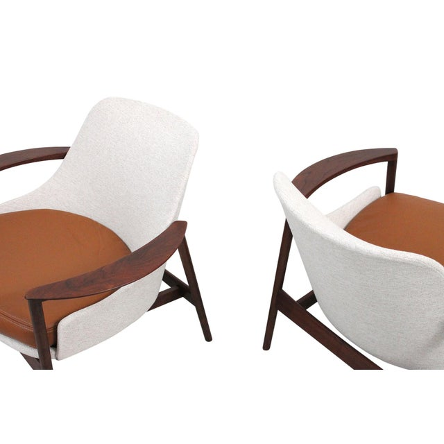Kofod-Larsen for Selig Sculptural Walnut Lounge Chairs - a Pair For Sale - Image 9 of 13