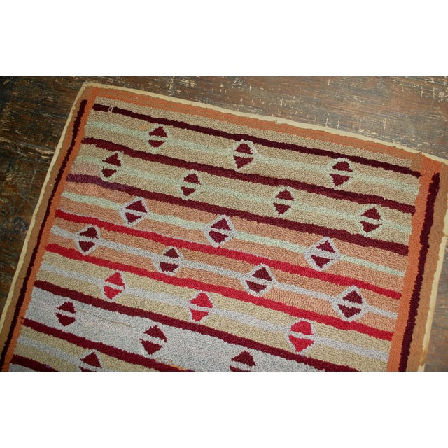 """1890s Hand Made Antique American Hooked Rug - 3'2"""" X 5'3"""" For Sale - Image 5 of 6"""