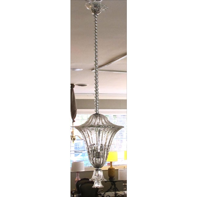 Italian A large and superb quality Murano mid-century clear glass bullicante lantern/pendant light by Seguso For Sale - Image 3 of 6
