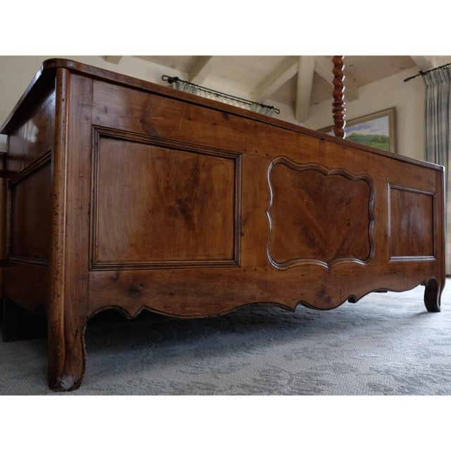 French 18th Century French Louis XIV Trunk For Sale - Image 3 of 12